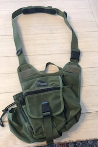 Maxpedition sling pack Gainesville, 20155