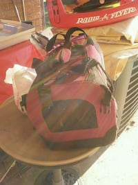 Cat or dog carrier $10 firm!  590 mi