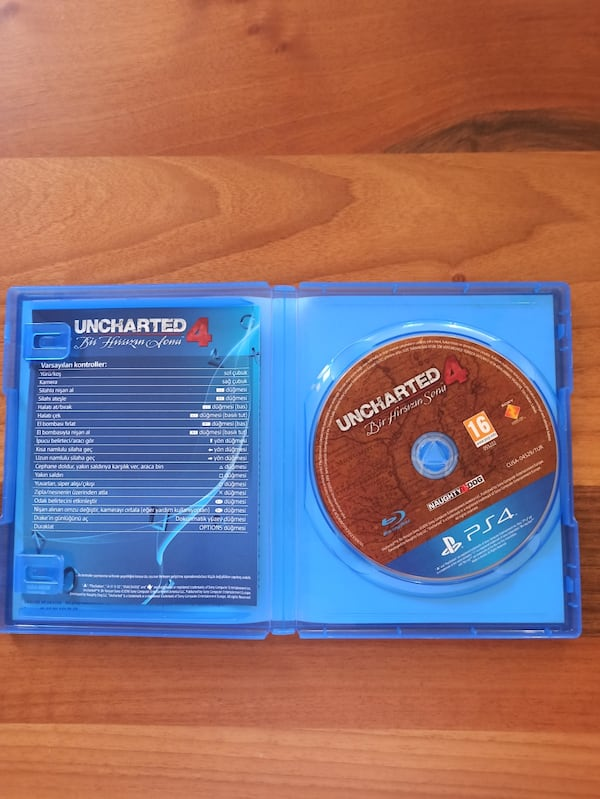 Uncharted 4 - Ps4 2f7be3b0-11b6-4b7d-bcda-854260c6651e
