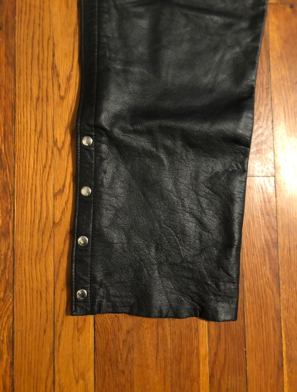 Vintage motorcycle pants XXL real leather paid $260. Excellent condition! Midtown Cycles New York City 84040efd-247b-400c-b236-a24ac1542000