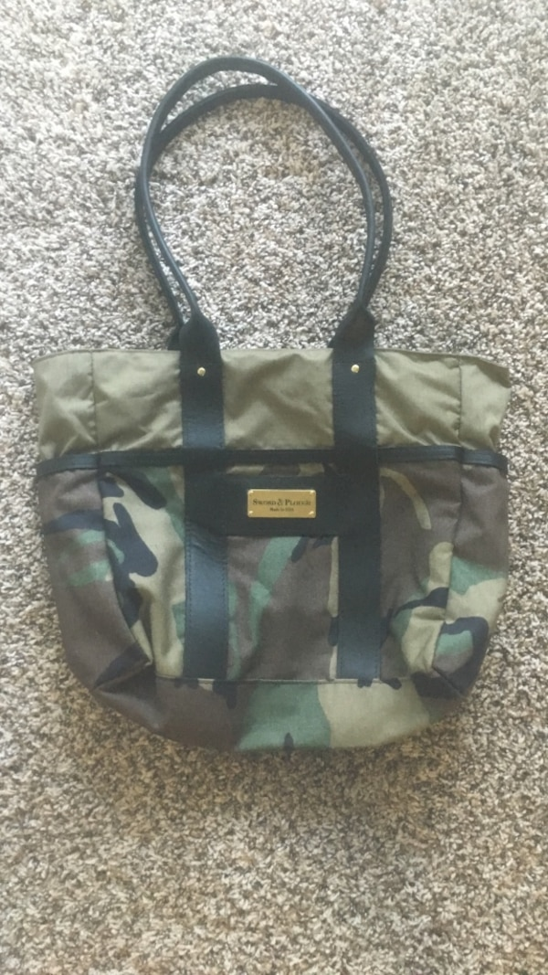 597c088375fd Used grey and black camouflage tote bag for sale in Carrollton - letgo