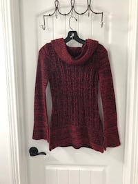 Red and black long sleeve  medium sweater Clarksville, 37043