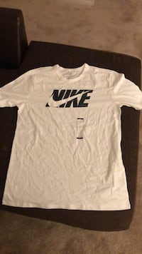 Shirts are a size large sweatshirts and crew necks range from size large to medium (taking offers) Elkhart, 46516