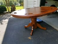 Wooden table Great Falls, 22066