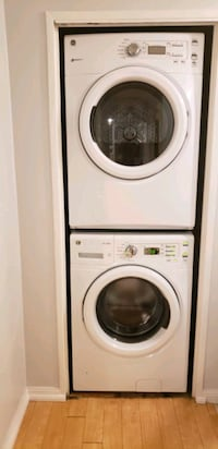 GE washer and dryer... Toronto, M1H 3H8