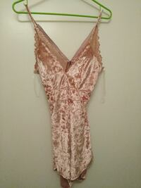 Velvet romper shorts with lace back NWT small