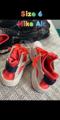Shoes $10 a pair OBO  High Shoals, 28034
