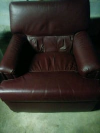 brown leather sofa chair with ottoman Greencastle, 17225
