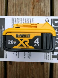 *Brandnew* 4ah DeWalt battery