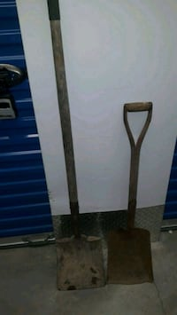Flat head shovels