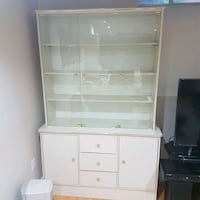 HUTCH/ DISPLAY CABINET Mississauga