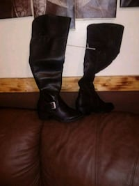 pair of black leather knee-high boots 367 mi