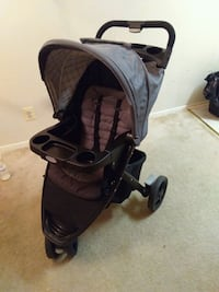 Graco stroller ( home is pet free and smoke free) Rockville