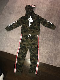 "Boys ""minimal effort"" Sweatsuit New York, 10312"