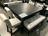 Table set with 4 chairs wood style modern look  San Antonio, 78217