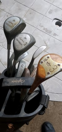 VINTAGE GOLF CLUBS with bag