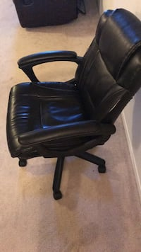 black leather office rolling armchair Toronto