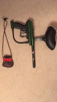 Green and black paintball marker Keedysville, 21756
