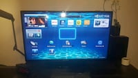 MOVING SELL. Samsung smart Tv 50""