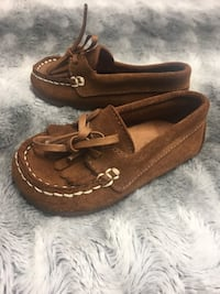 pair of brown leather loafers Toronto, M9W 2Z4