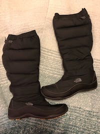 North Face 550 Winter Snow Boots, Size 8 Centreville, 20120