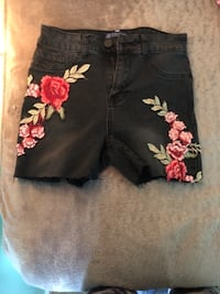 black and pink floral pants Moseley