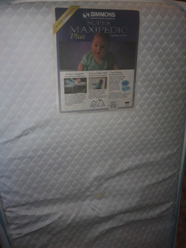 Tempur pedic infant /kids mattress a02373ca-a536-412d-a13a-77fa168cccb2