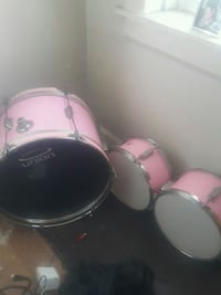 white and pink drum set Chicago, 60644