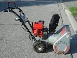 "SNOW IS HERE SELLING 21"" SEARS CRAFTSMAN SNOWBLOWER 4HP, 2 STAGE, BUY NOW AND SAVE $$$$!"