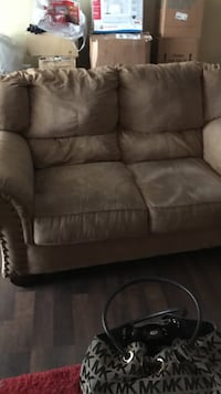 brown fabric loveseat Woodbridge, 22192