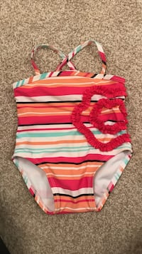 Baby girl swimsuit 6-9months 2337 mi