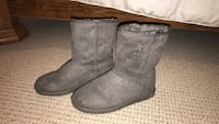 pair of gray suede boots Elkhorn, 53121