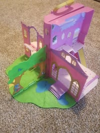 pink and green doll house toy set Chestermere, T1X 1S6