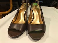 Open toed slingback pumps in chocolate brown. Banana Republic Size 9   Surrey, V3S 7M4