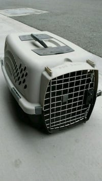 Pet carrier (small) - black and gray Chula Vista, 91913