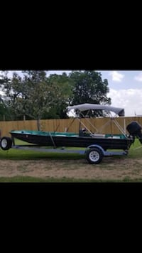 18 foot boat with 40hp mercury and trailer