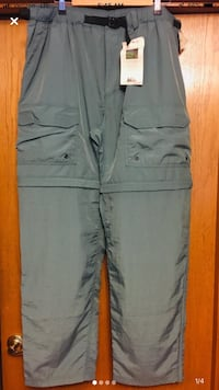 New with tags REI men's convertible pants