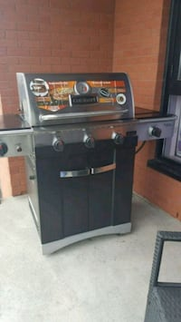 black and gray gas grill Laval, H7V