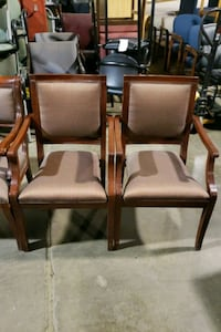2 WOOD TRADITIONAL GUEST CHAIRS