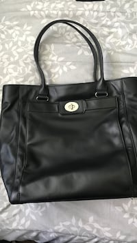 Beautiful kate spade purse!  Brandon, 33510