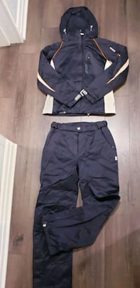 NEW Women's DESCENTE Ski Suit Set North York, M3K 2C1