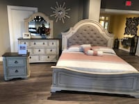 Solid wood queen bedroom set $1699 $39 Down no credit Check financing  Roslyn Heights, 11577