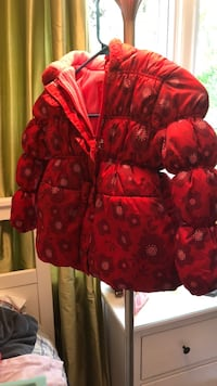 Toddler winter jacket, almost new. Size 2 Vienna, 22180
