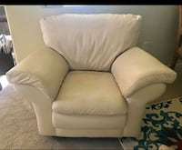Ivory color  single couch  Lancaster, 93534
