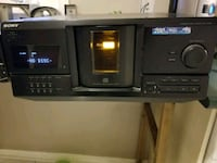 Cd player. Mississauga, L5N 2W7