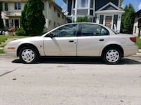 2001 Saturn SL1 4 door sedan only 142,500 miles Milwaukee, 53208