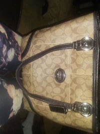 Coach shoulder handbag Edmonton, T5A 0Y1