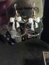 Bow earrings (new)