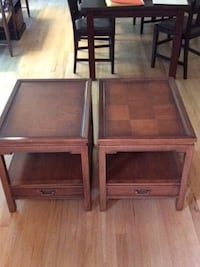 set of 2 End Tables Northbrook, 60062