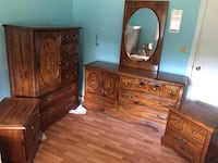 Bedroom Dressers and 2 end tables New Tecumseth, L9R 1E5